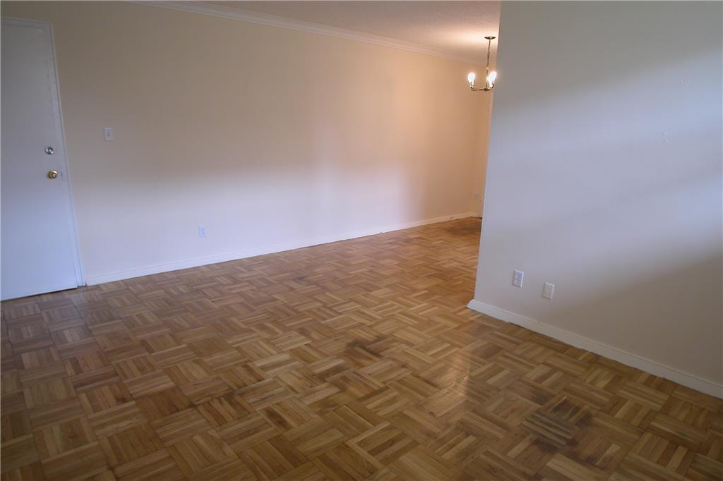 168 Amp 170 Berry Road Etobicoke 1 Bedroom Apartment For