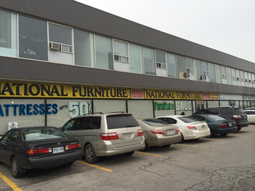 1650 Dundas Street East, Mississauga, ON
