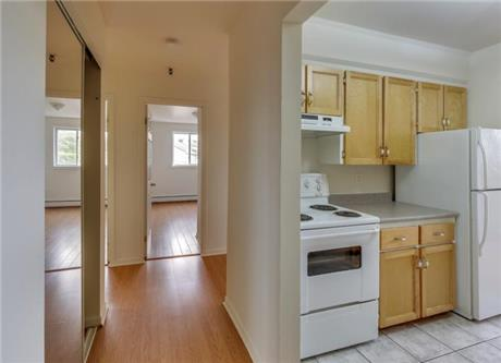 1 Bedroom Apartments for Rent at 3628 Windsor Street ...