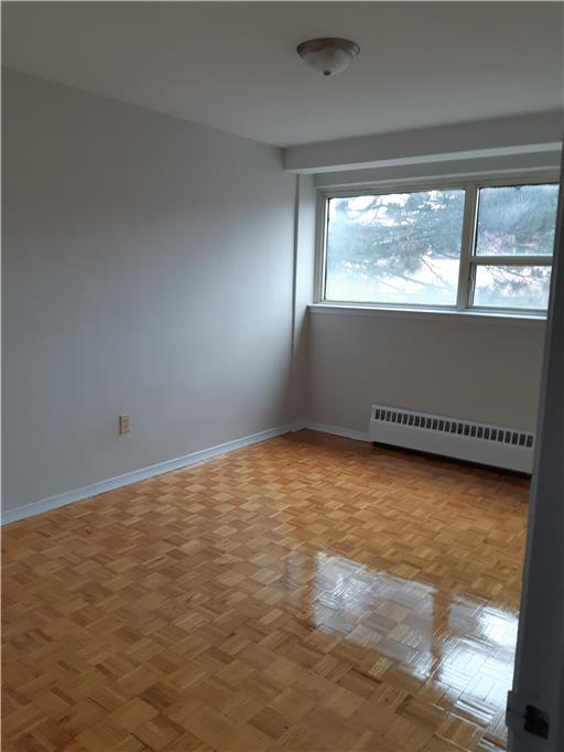 32 51 Brookwell Dr Toronto 2 Bedroom Apartment For Rent 75292 Goldsealmanagement