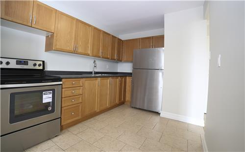 Apartments For Rent   37 Johnson Street, Barrie, ON