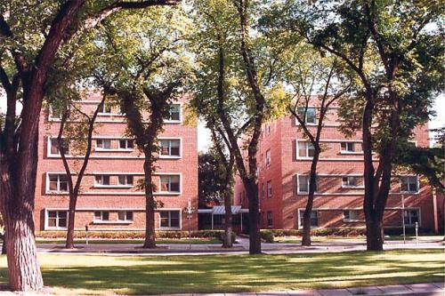 1 Bedroom Apartments For Rent At 346 Broadway Winnipeg Mb