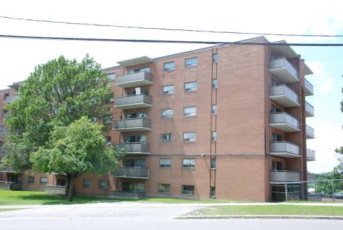 3 Bedroom Apartments For Rent At 2600 Finch Avenue West Toronto On Yp Nexthome 23396