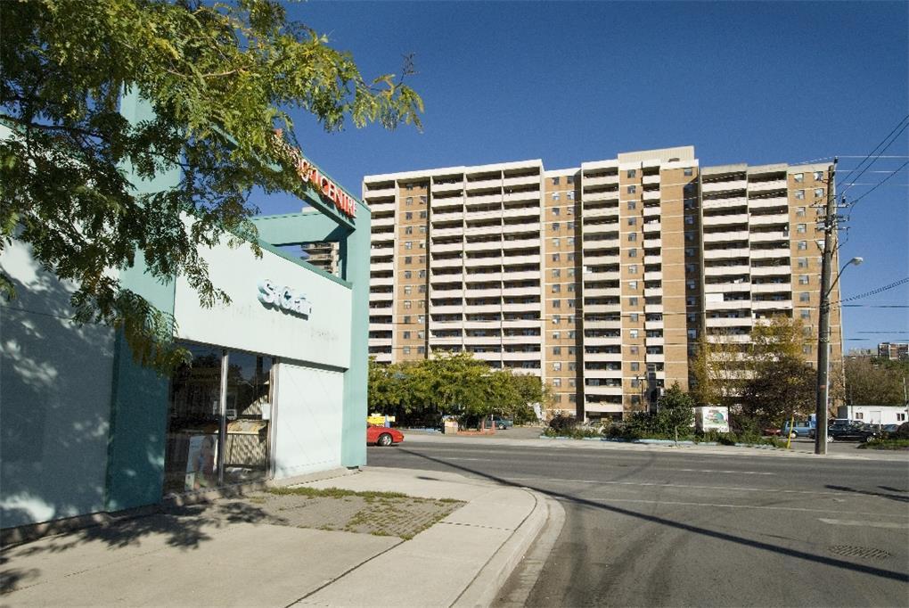 10 Macey Avenue, Scarborough, ON