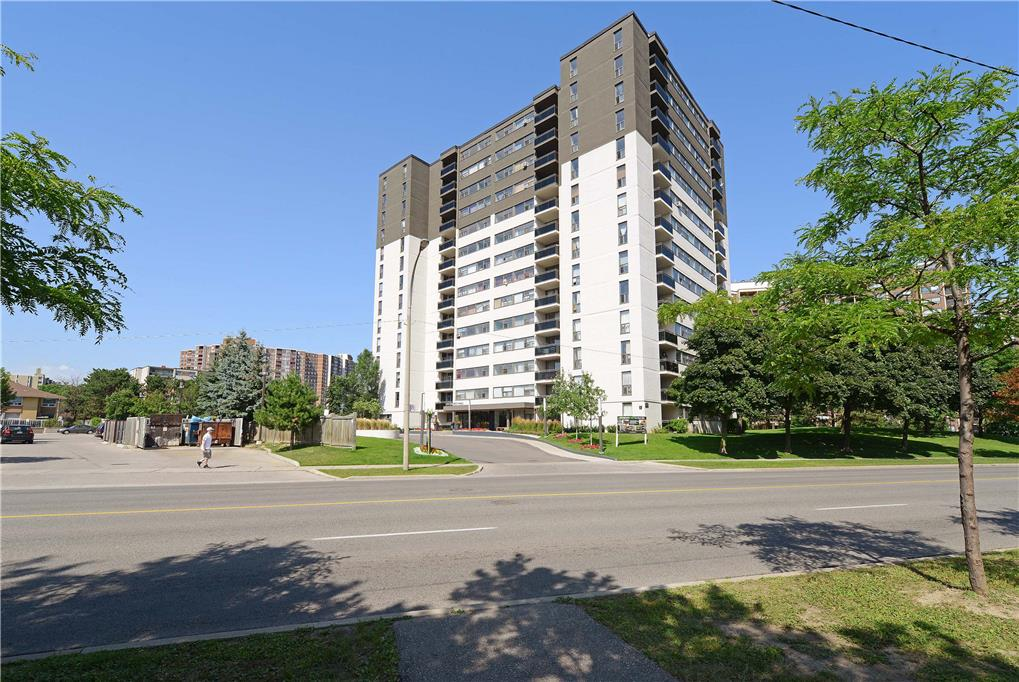 555 The West Mall, Etobicoke, ON