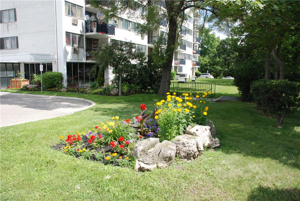 2485 Hurontario Street, Mississauga, Studio Apartment for ...