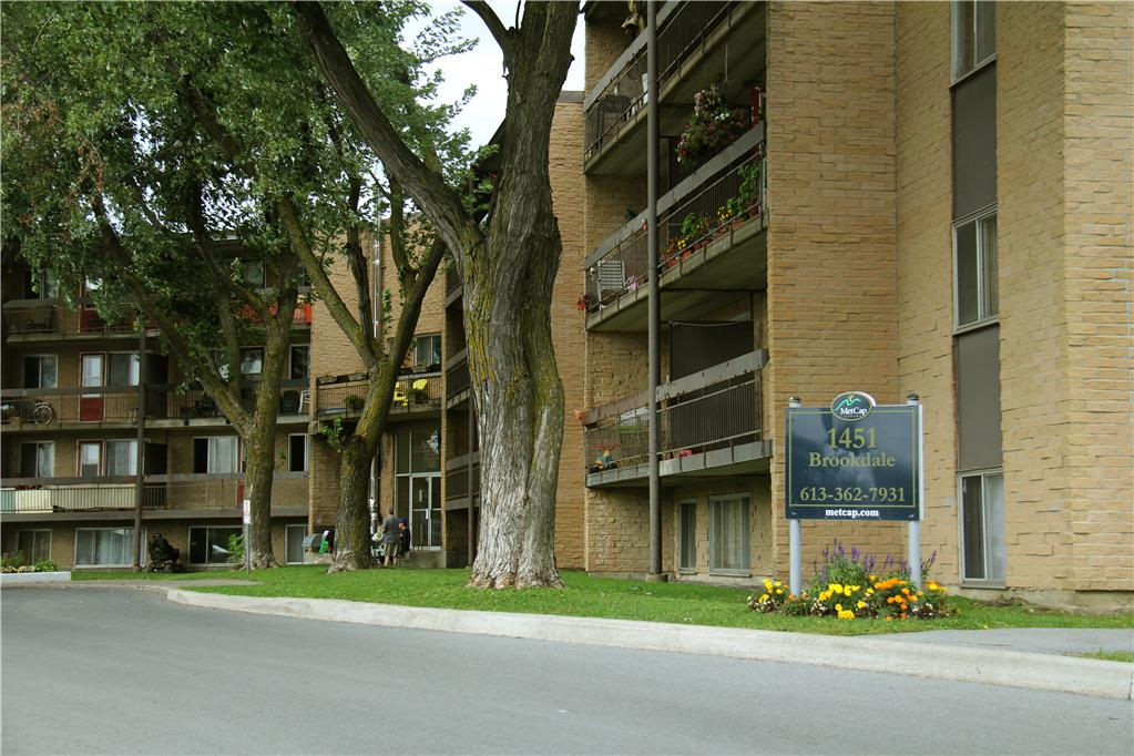1421 & 1451 Brookdale Avenue, Cornwall, ON
