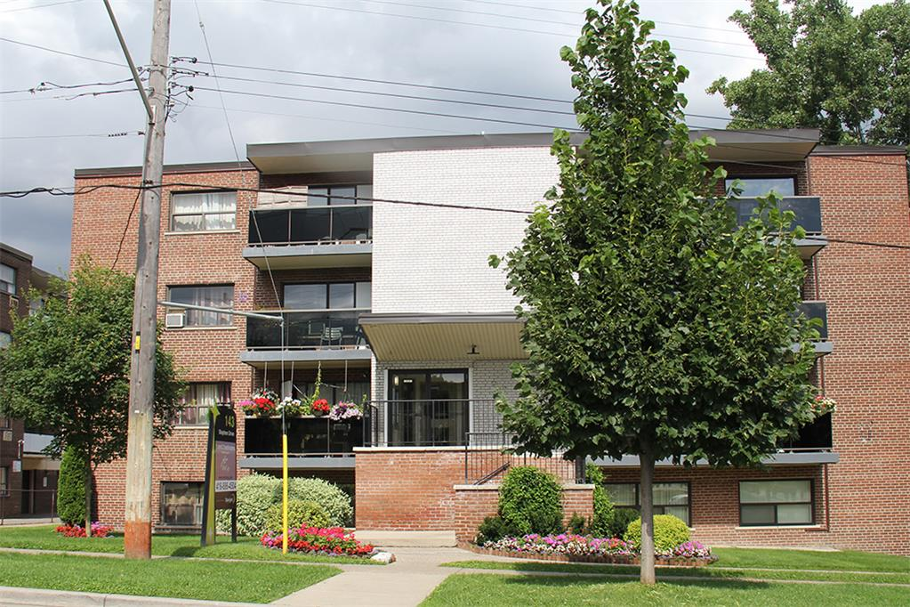 143 Stephen Drive, Etobicoke, ON