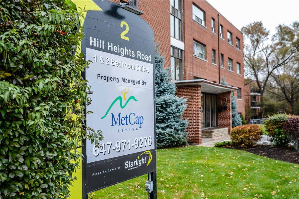 2 Hill Heights Road, Etobicoke, ON