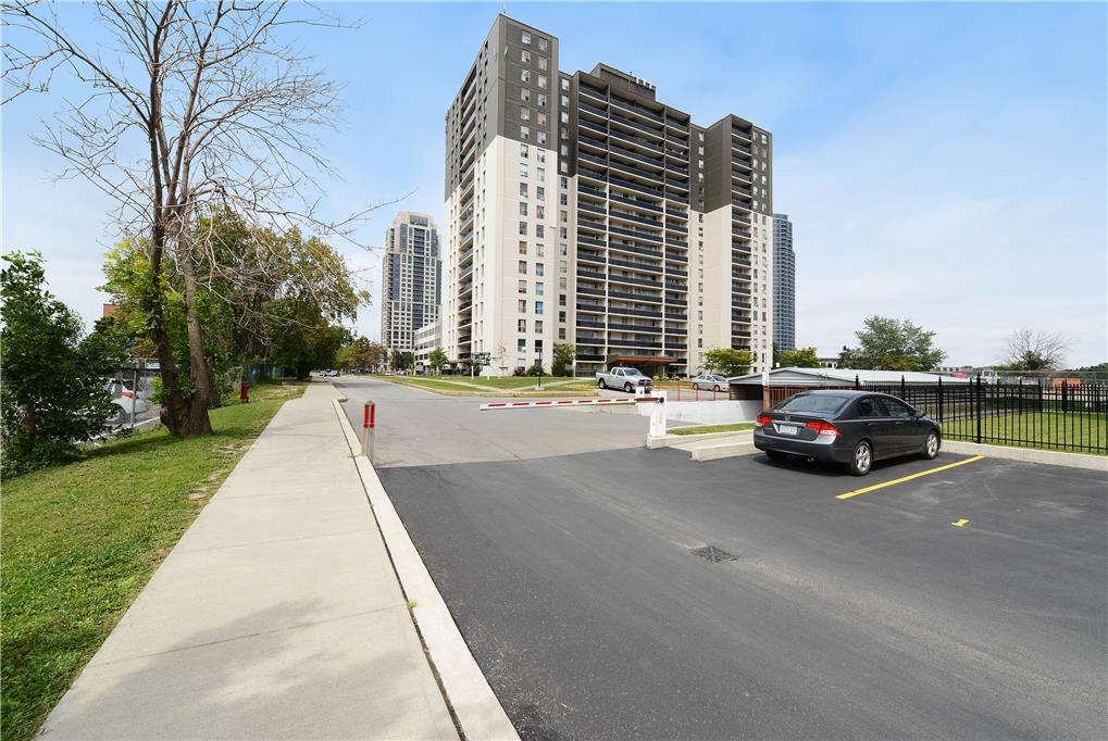 15 Eva Road, Etobicoke, ON