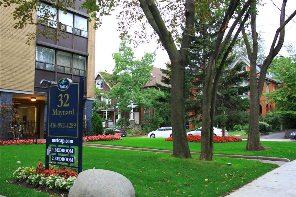 32 Maynard Avenue, Toronto, ON