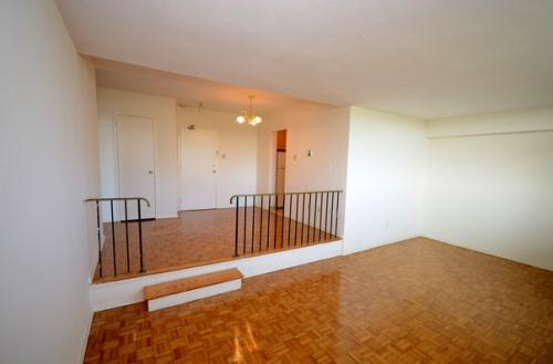 Terrific 3 Bedroom Apartments For Rent At 2250 Kennedy Rd Home Interior And Landscaping Oversignezvosmurscom