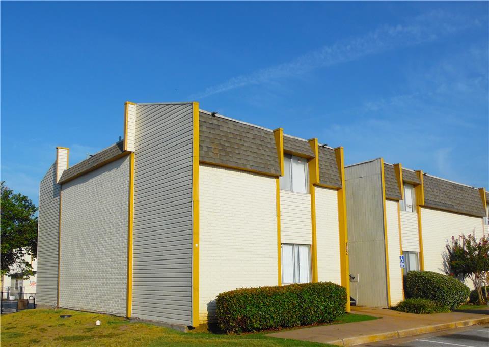 Wood Creek Apartments 1 Bedroom Apartment For Rent 11107 East Brady Street Tulsa Ok 74116