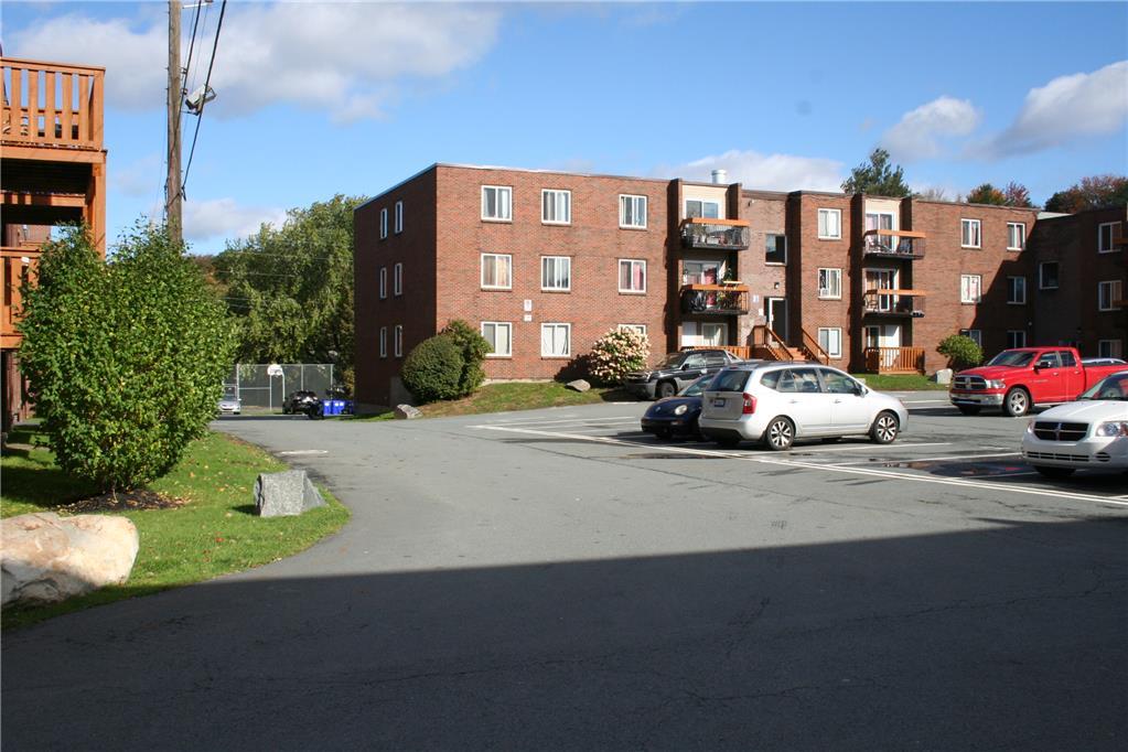79, 81 Lakecrest drive, Dartmouth, NS