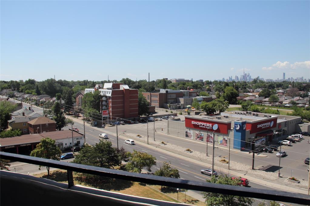 1501 Woodbine Avenue, East York, ON