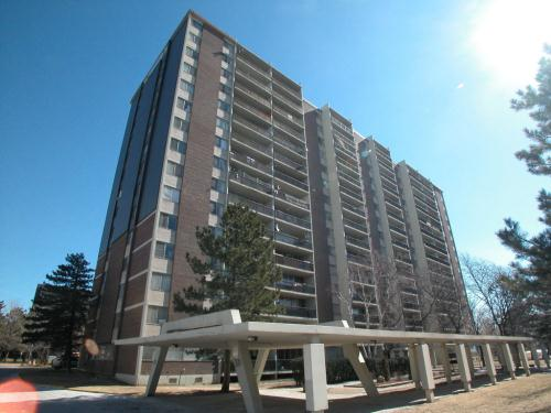 2 Bedroom Apartments For Rent At 311 Dixon Road Etobicoke On