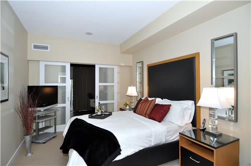 2 Bedroom Apartments For Rent At 61 Yorkville Avenue Toronto ON YP NextHo