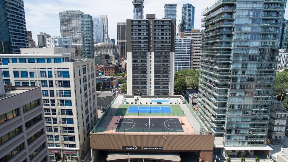 15 Dundonald Street, Toronto, ON