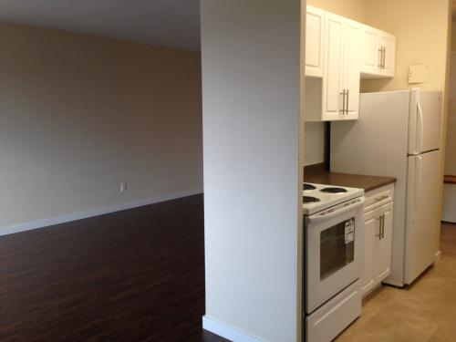 bedroom apartments for rent at 1099 grant ave winnipeg mb yp