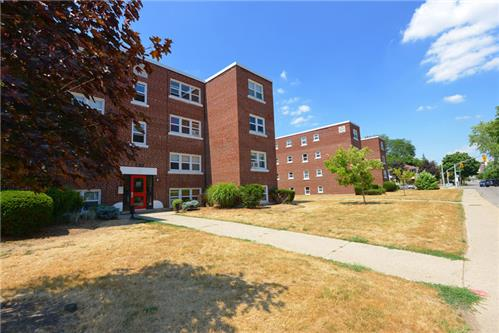 2 Bedroom Apartments For Rent At 120 To 130 Saint Paul