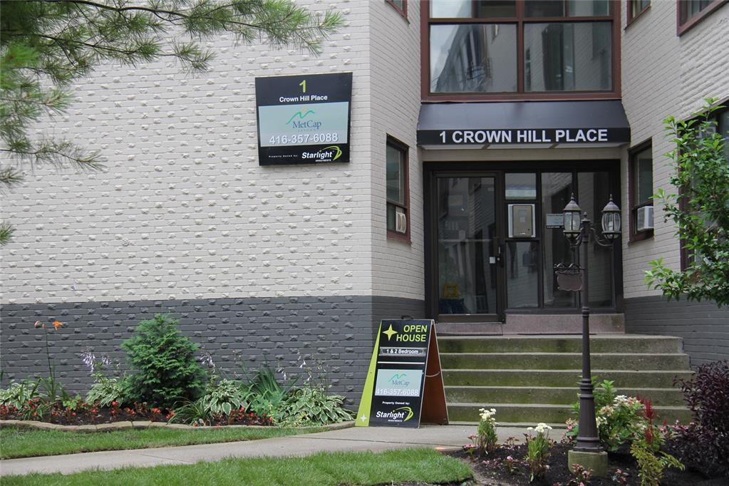 1 Crown Hill Place , Etobicoke , ON
