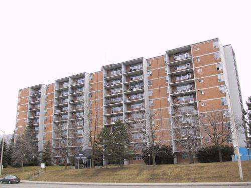 3895 Lawrence Avenue, East, Scarborough, ON